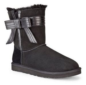 Short Black Uggs with Leather Side Bow